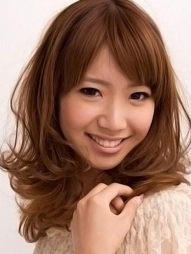 巻き髪ロングスタイル【表参道30代髪型】3