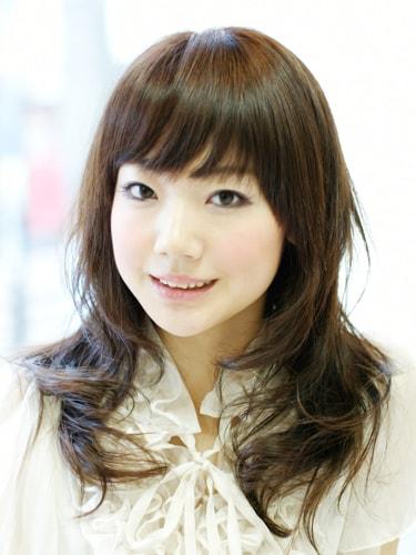 【表参道30代髪型】ナチュナルロングスタイル